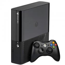 XBOX 360 E 4 GB (używana)